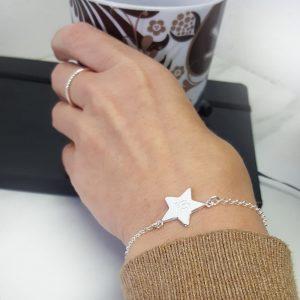 Petit armband stjärna